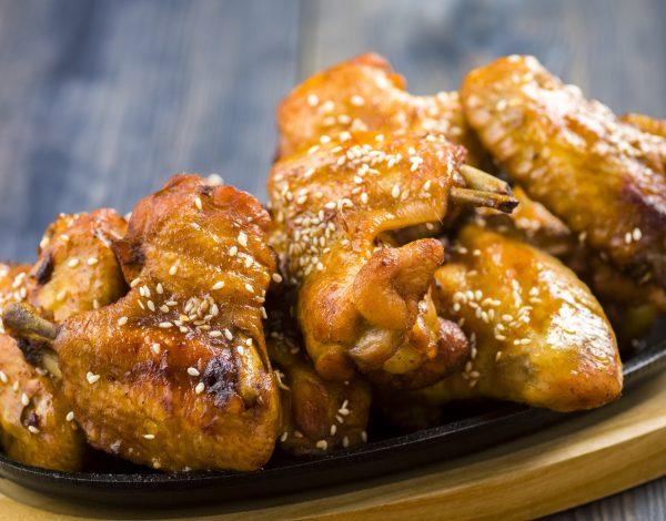 Recept dana: Piletina u sosu od meda i belog luka