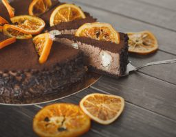 Oduševite vaša čula: Čokoladna torta s narandžom