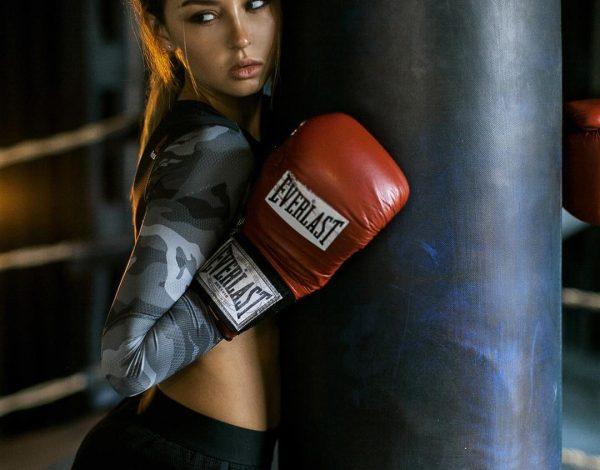 Boks – sport koji će žensko telo izvajati do perfekcije