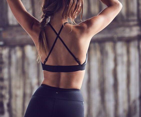 Smanjite višak na bokovima: Najefikasnije vežbe i plan ishrane!