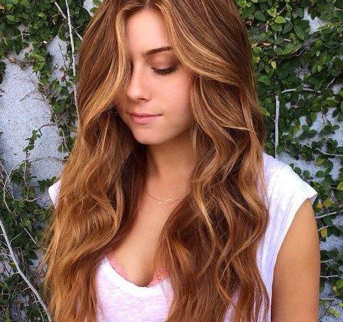 Novi hair trend: Kosa boje breskve
