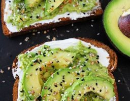 Bez griže savesti: Namirnice koje smete jesti čak i kao kasnu večeru