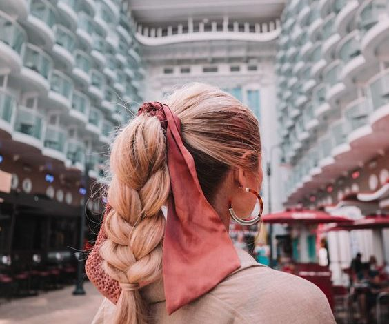 Omiljena letnja frizura – visoki rep