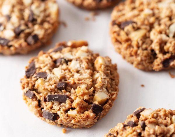 Jednostavan integralni keks od banane i granole