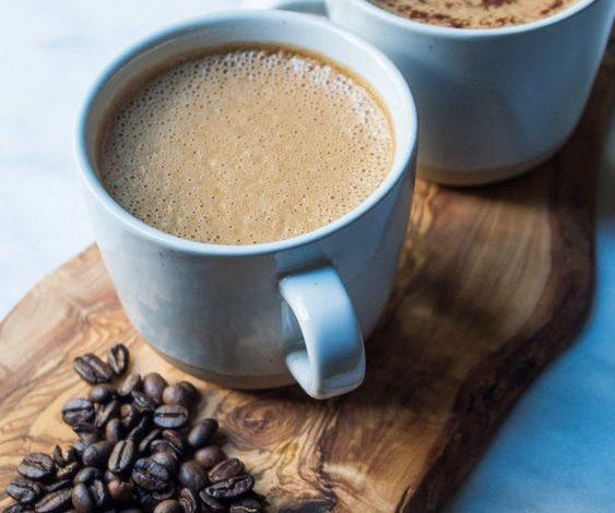 """Jeste li čuli za """"bulletproof"""" kafu? Evo zašto je ljudi iz šoubiznisa obožavaju"""