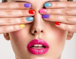 Beauty trendovi koje jedva čekamo da ostavimo u prošlosti!