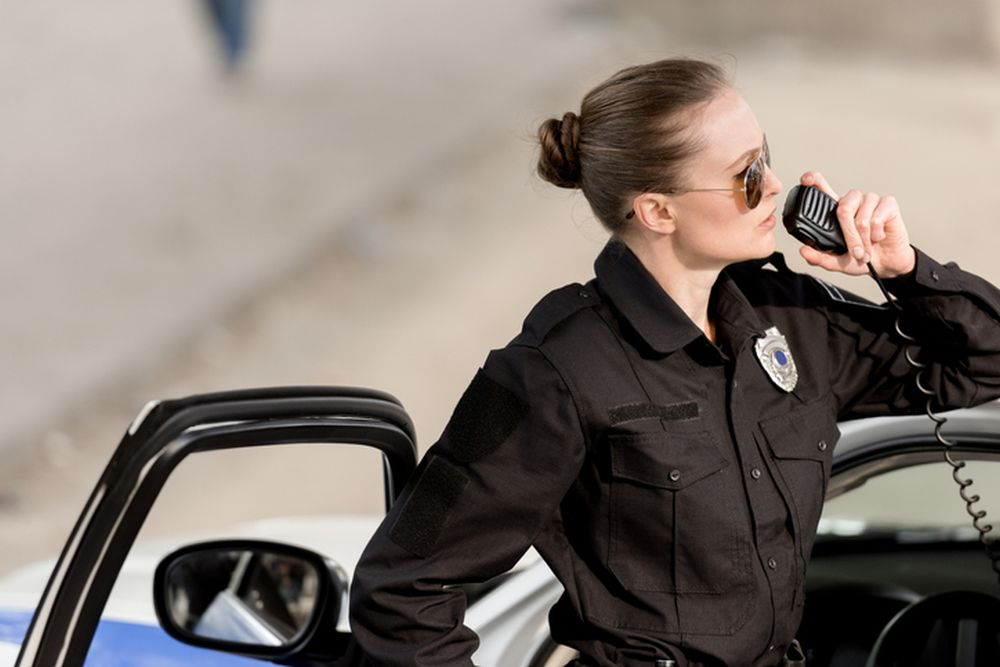 zena policajac