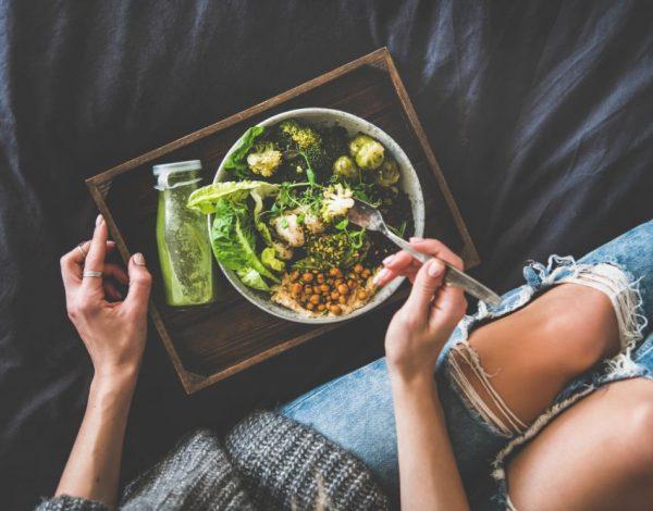 """Ako ne volite da ih jedete, neka vam postanu """"dnevna doza terapije"""": Namirnice koje sprečavaju starenje"""