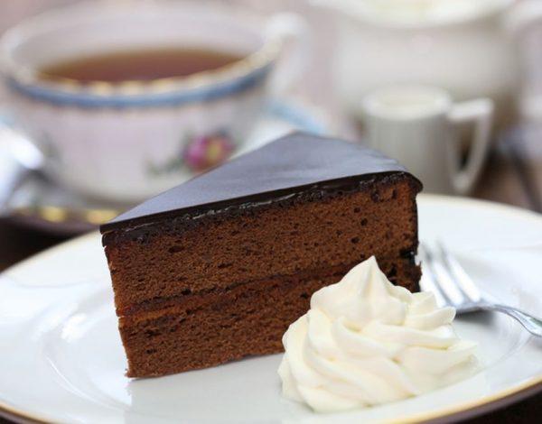 Saher torta – najpoznatija torta na svetu