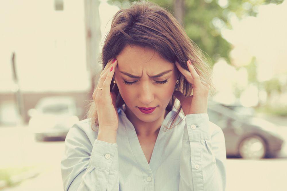 glavobolja devojka