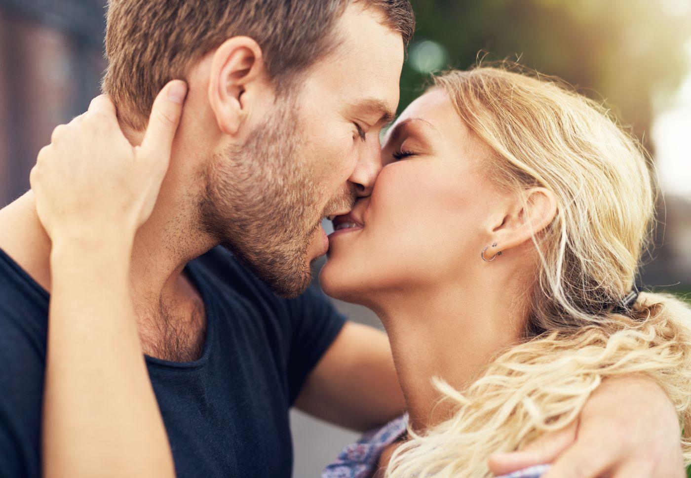 pravi poljubac