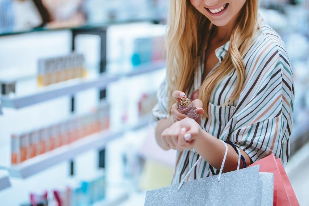 nanaošenje parfema