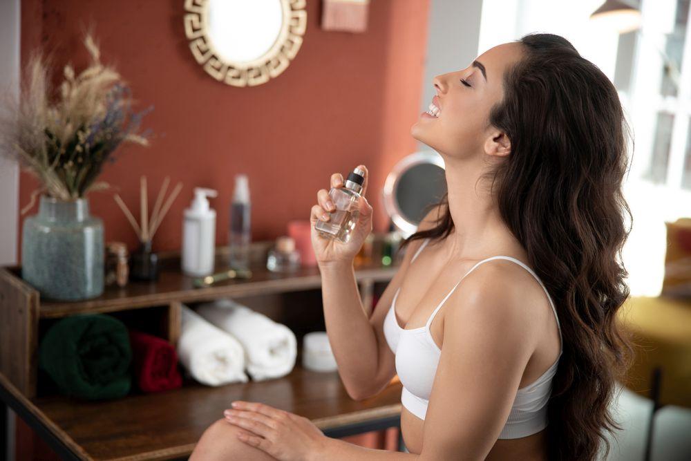 nanošenje parfema
