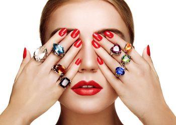 na kom prstu nosite prsten?