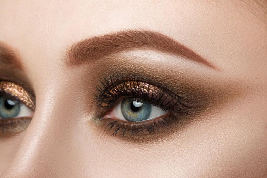 novi makeup trend halo eye