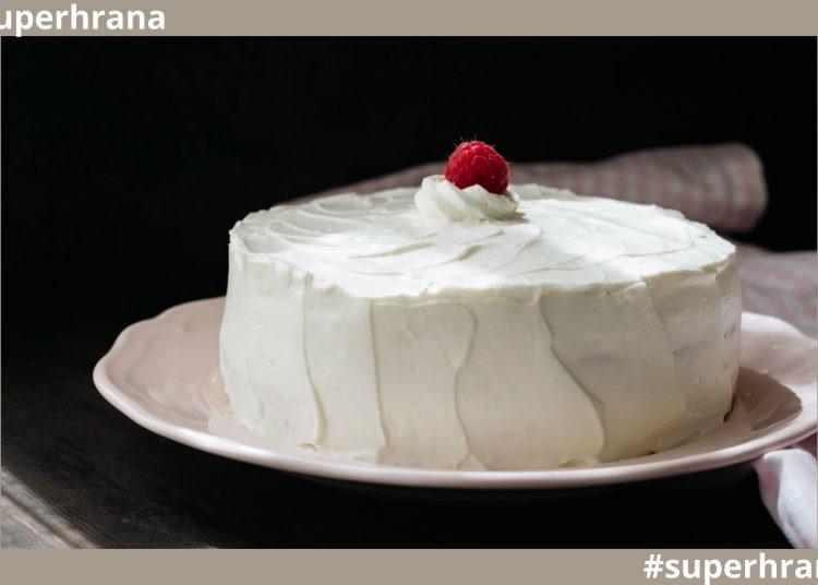 veganska vanila torta