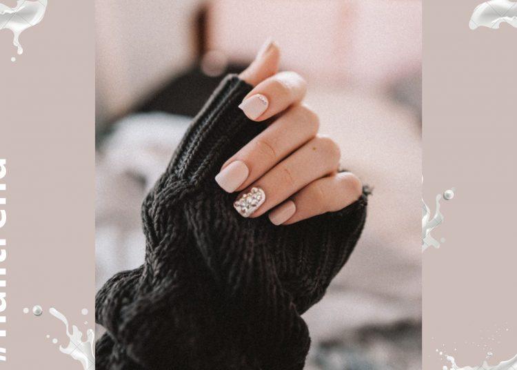 mlečni nokti